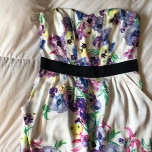 Strapless sweetheart lined pansy print dress